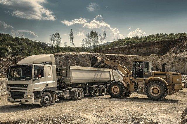 naprawa ciężarówki